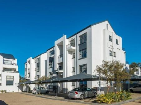 2 BEDROOM APARTMENT TO LET IN DE VELDE, SOMERSET WEST, CAPE TOWN, SOUTH AFRICA